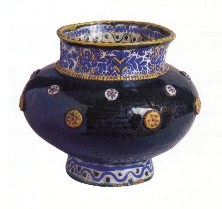 Khokhloma painting on Bratina (large goblet). Late XVIII century