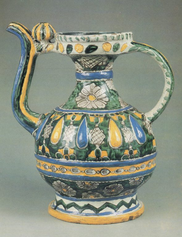 Kumgan (high pitcher with a spout). <br/>Second half of 18th century