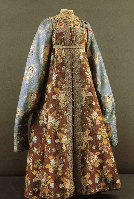 Праздничная одежда. Начало 19 века