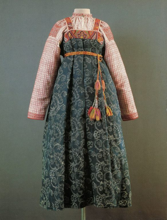 Woman's festive clothes. <br/>Late 19th - early 20th centuries