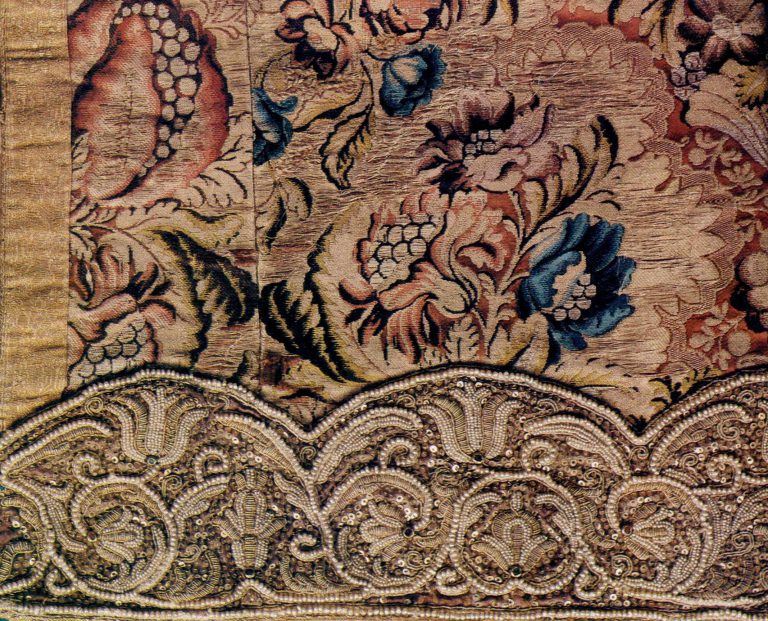 Liturgical vestment sleeve