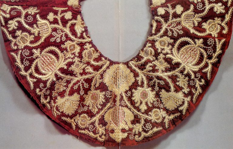 Detail of a women's round cloak. <br/>Second half of the 18th century