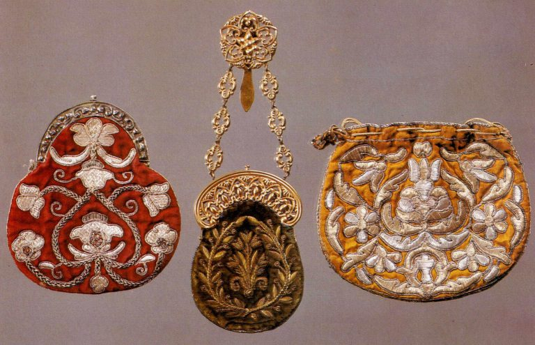 Embroidered purses and a bag. <br/>Late 18th or the first quarter of the 19th centur