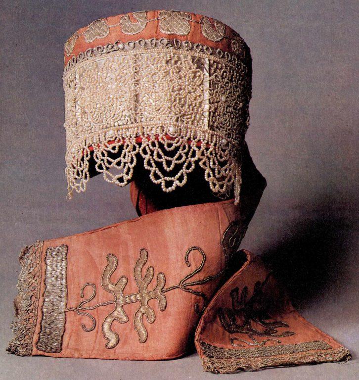 Maiden's headdress . <br/>Early 19th century