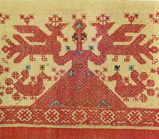 """""""Дева"""" с птицами на  оплечье архангельской женской рубы. <br/>Начало 19 века"""