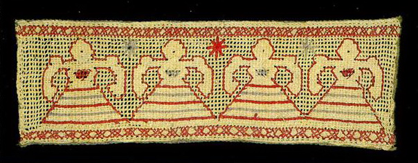 Female figures on the insertion of Kaluga towel. <br/>Second half of   19th century