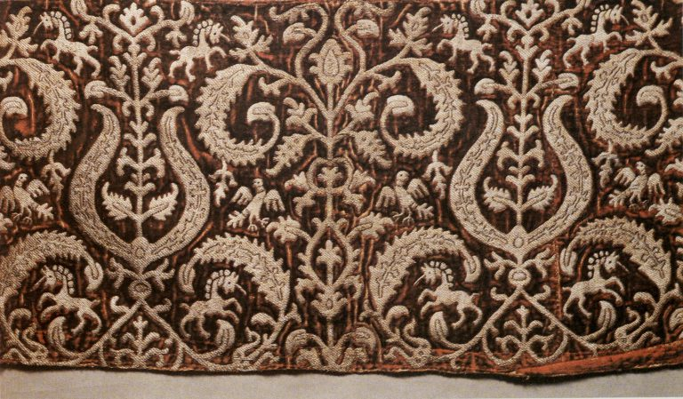 Voshva – women's clothing detail. <br/>Late 16th century - early 17th century
