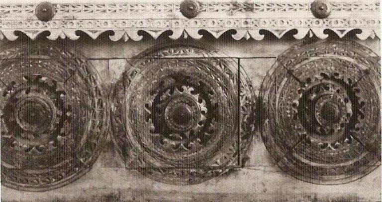 Свечной стол. <br/>19 век