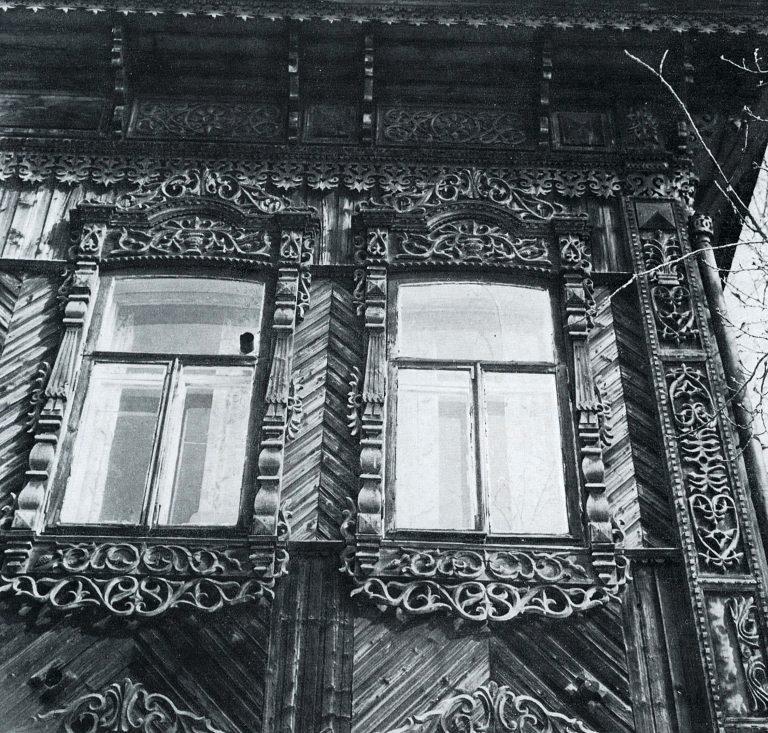 Боковой фасад. Угол дома. Фрагмент. <br/>Конец 19 века - начало 20 века