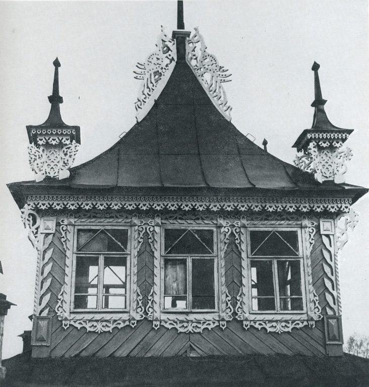 Upper part of a bay window. <br/>Late 19th century - early 20th century