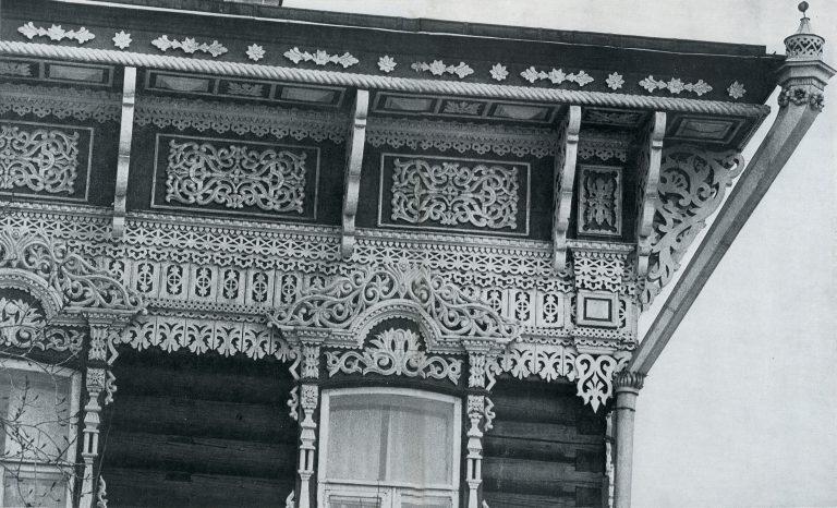 Карниз угла дома . <br/>Конец 19 века - начало 20 века