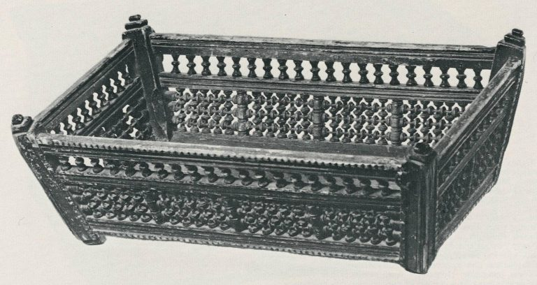 Cradle. <br/>19th century