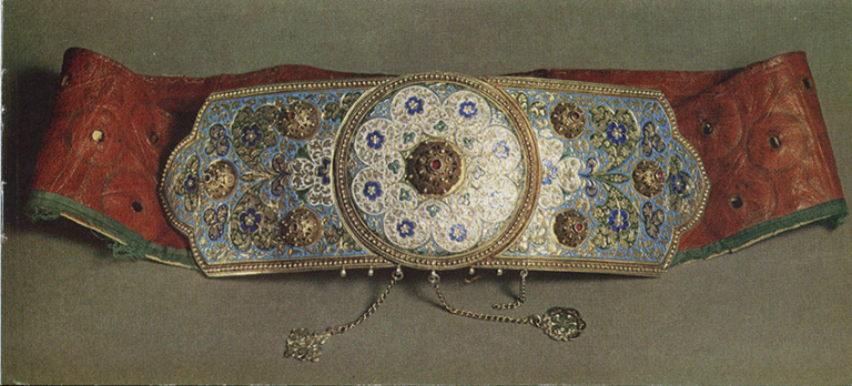 Belt with festive buckle. <br/>Late 19th century