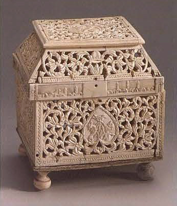 Casket of teremok form. Late 17th - early 18th century