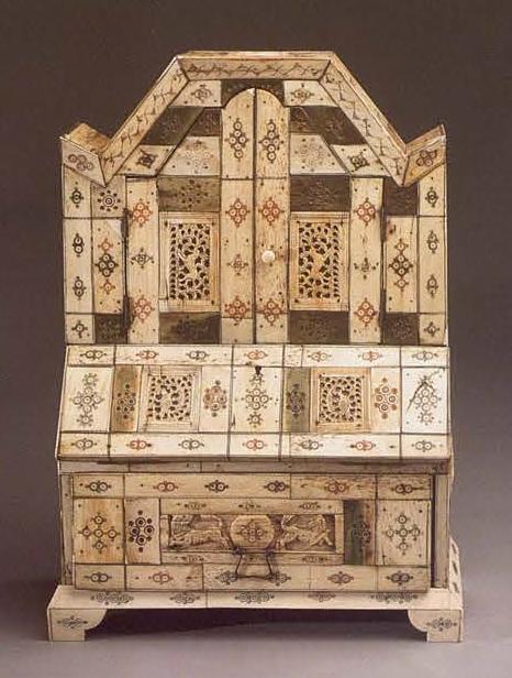 Bureau. <br/>1730 - 1750 years