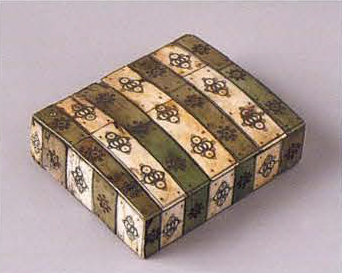 Chest jewelry box. <br/>1st half of the 18th century