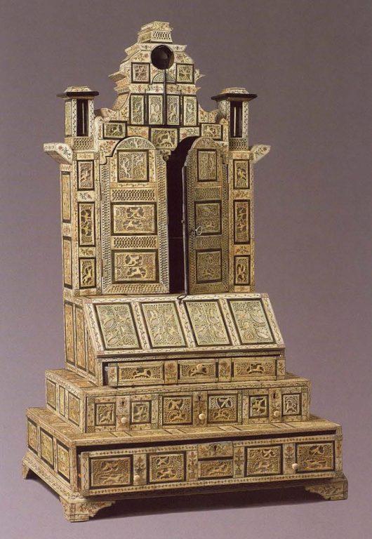 Бюро. 1750-1770-е годы