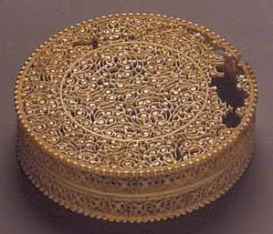 Small box. <br/> 19th century