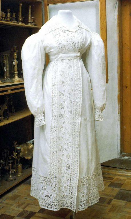 Женское летнее пальто - редингот. <br/>1820 годы