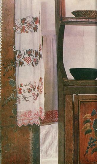Ветки с цветами. Роспись шкафа-залавка. <br/>1907 год