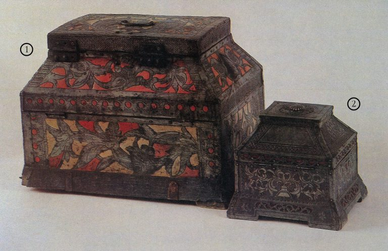 Larets-teremok (small lidded chest). <br/>Late 18th - early 19th century