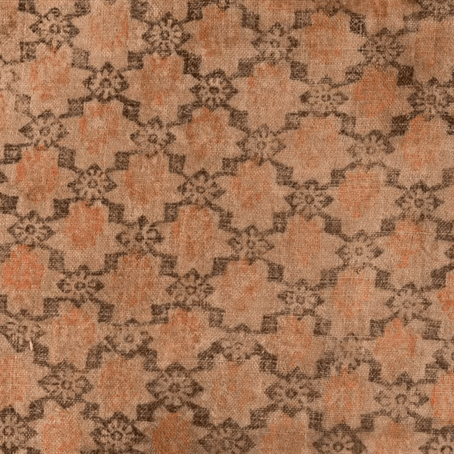 Block-printed linen fabric. Fragment. <br/>17th century