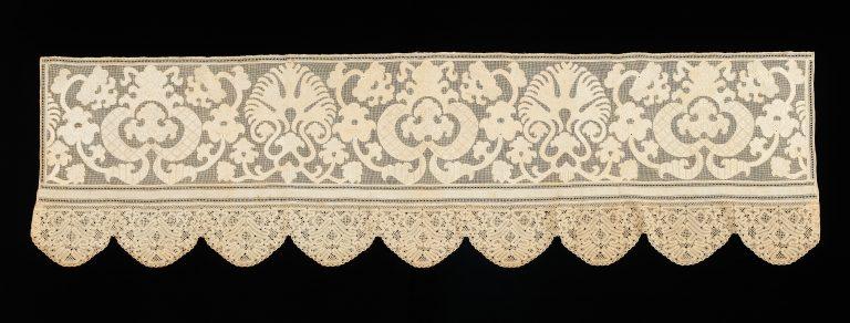 Кайма полога кровати. <br/>Четвертая четверть 18 века