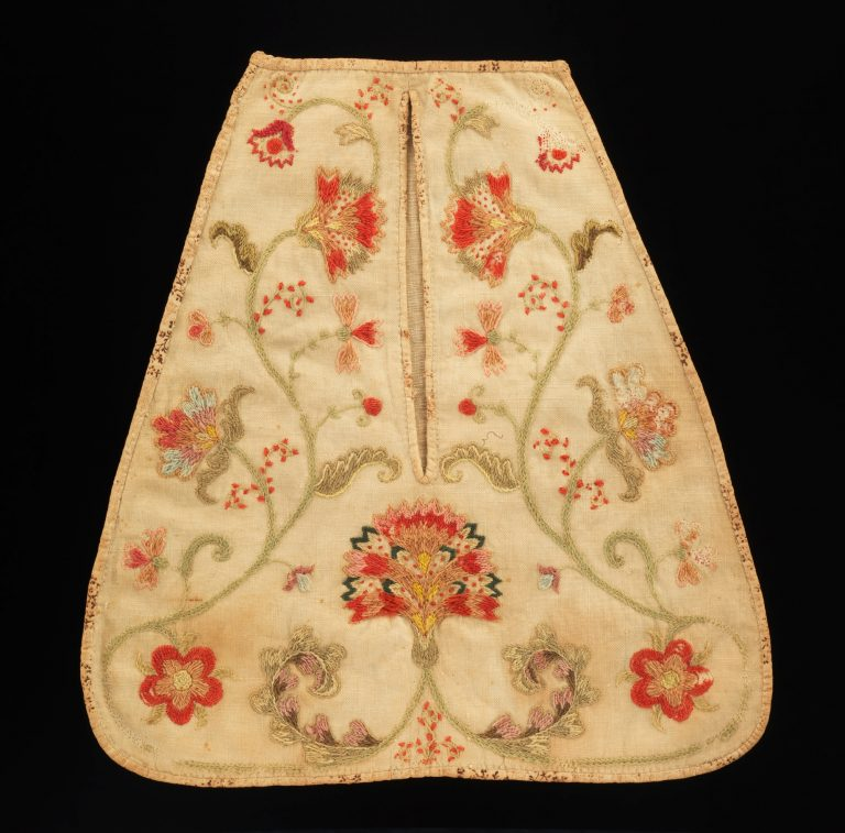 Pocket. <br/>1750