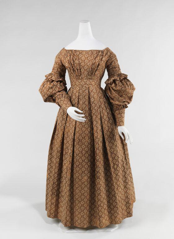 Dress. <br/>1837-39