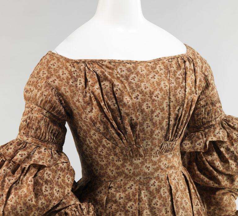 Dress. 1837-39