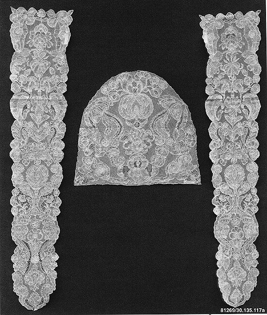 Cap crown and pair of lappets. 1720-40