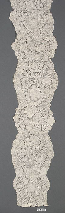 Pair of lappets. first half 18th century