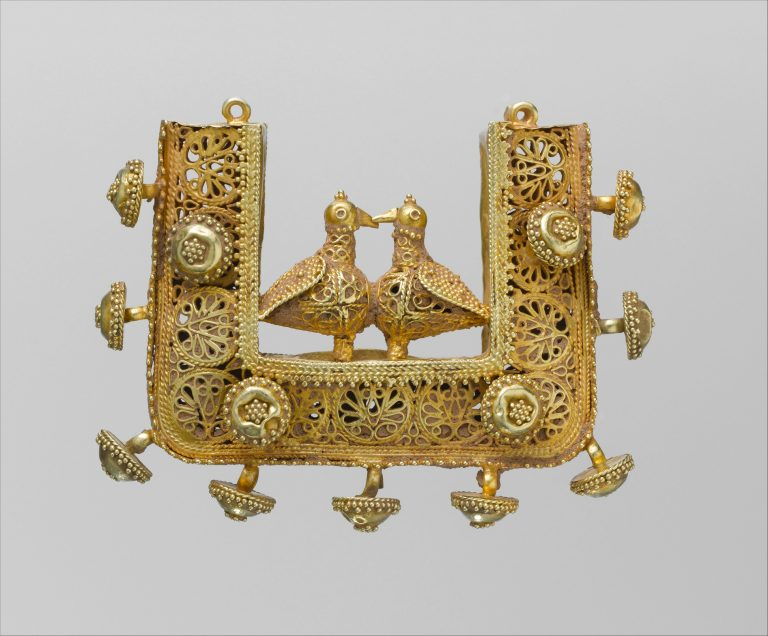 Earrings and Pendant. <br/>11th-12th century